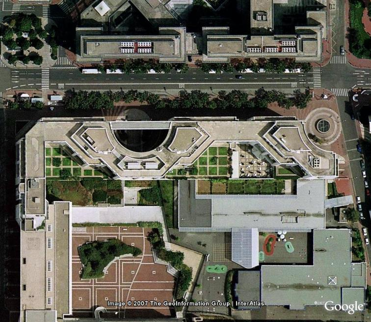 Le centre du monde : actualité au jour le jour - Page 3 Paris_10