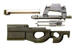 Pistola ametralladora P90 Eqmili15