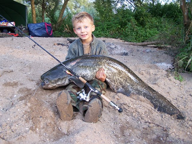 Votre meilleure journée de pêche en 2007 Antoin10