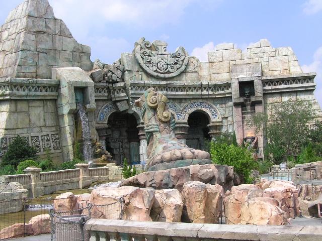 [USA] Universal Orlando Resort - Le Resort en général  Poseid10