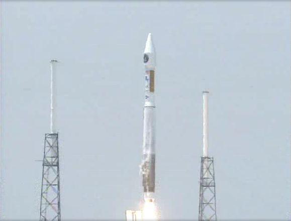 Atlas V 401 (SBIRS GEO 1) - 7.5.2011 Capt_136