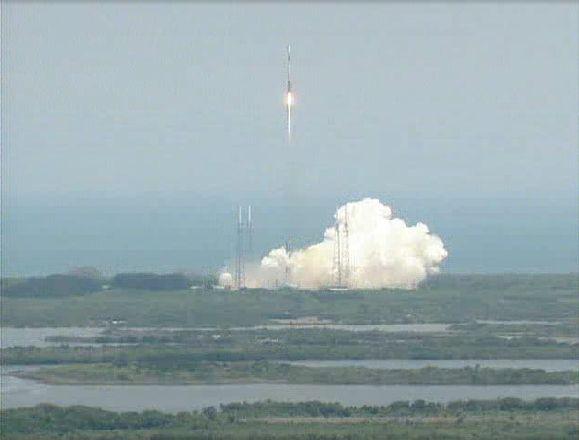 Atlas V 401 (SBIRS GEO 1) - 7.5.2011 Capt_138