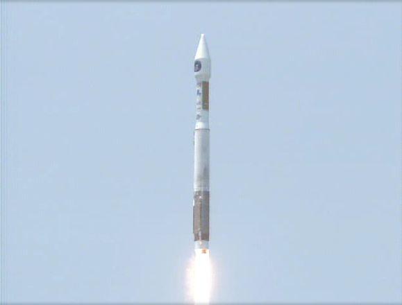 Atlas V 401 (SBIRS GEO 1) - 7.5.2011 Capt_139