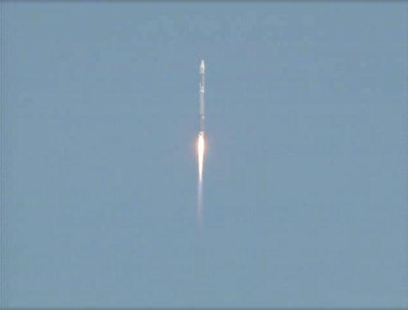 Atlas V 401 (SBIRS GEO 1) - 7.5.2011 Capt_142