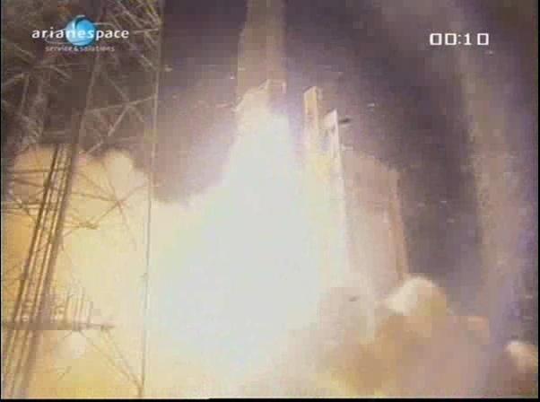 Ariane 5 ECA V197 / Eutelsat W3B + Bsat 3B (28/10/2010) - Page 4 Vlcsna43