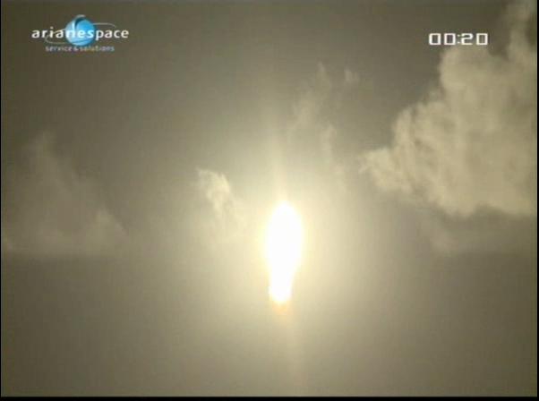 Ariane 5 ECA V197 / Eutelsat W3B + Bsat 3B (28/10/2010) - Page 4 Vlcsna96