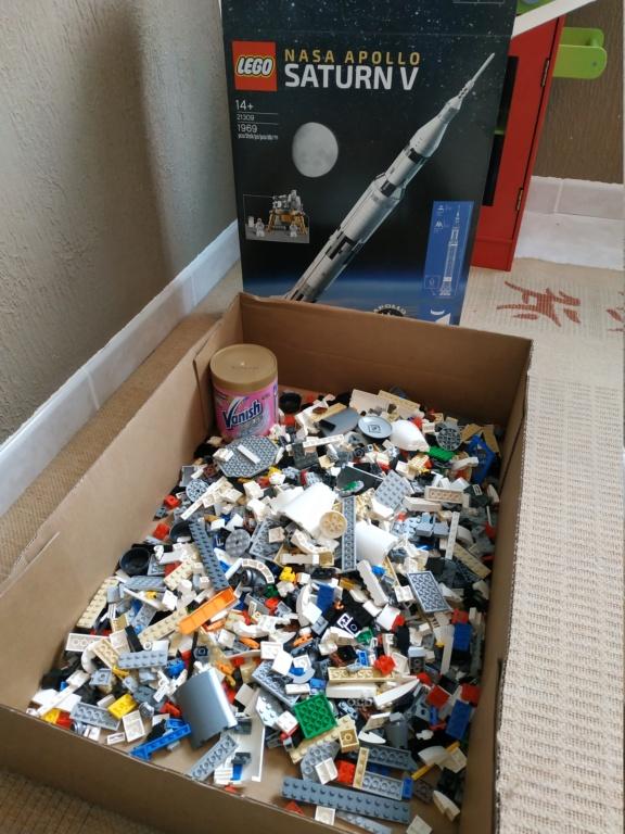 La Saturn V en LEGO! - Page 5 15855610