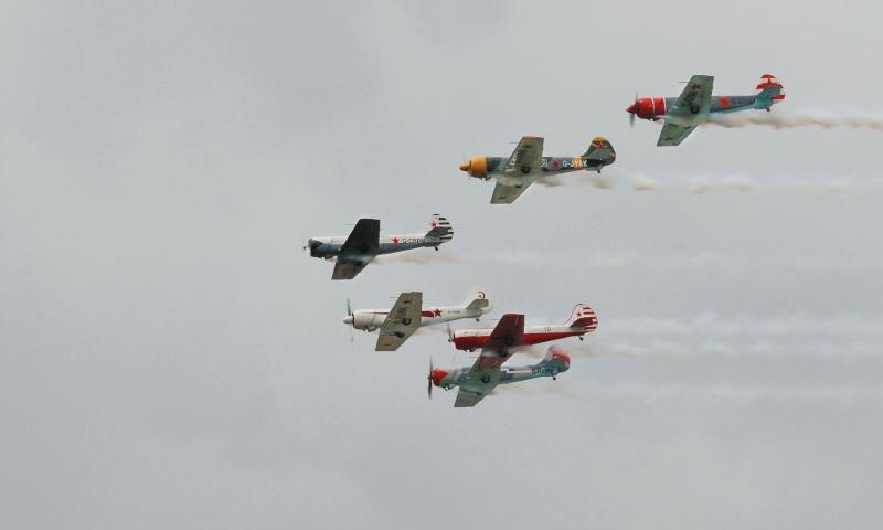 Patrouille Aérostars YAK50 Dsc_5410