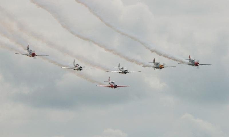 Patrouille Aérostars YAK50 Dsc_5411