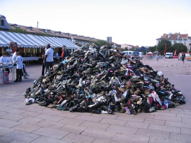 16° Pyramide de chaussures, Toulon Andica11