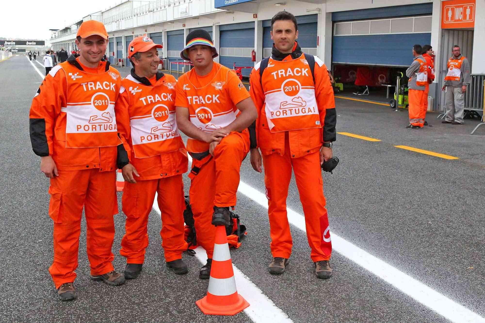 Comissários MotoGP Estoril 2011 Img_0611