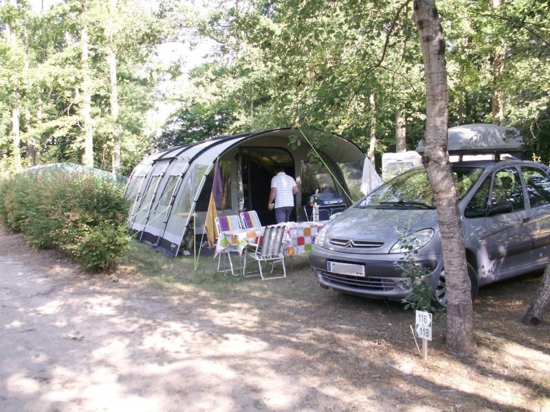 Camping La Grande Tortue à Candé sur Beuvron (41) Emplac10