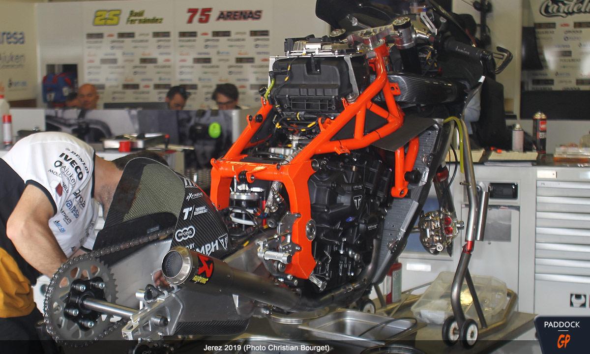 [Moto2] KTM - Page 3 Ktm_m210
