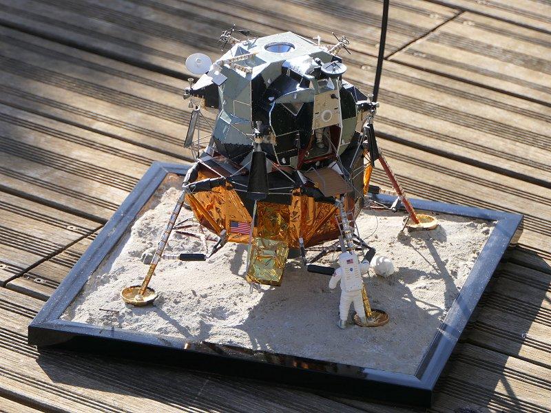 Maquettes Revell 50ème anniversaire Apollo 11 (réédition) P1070510