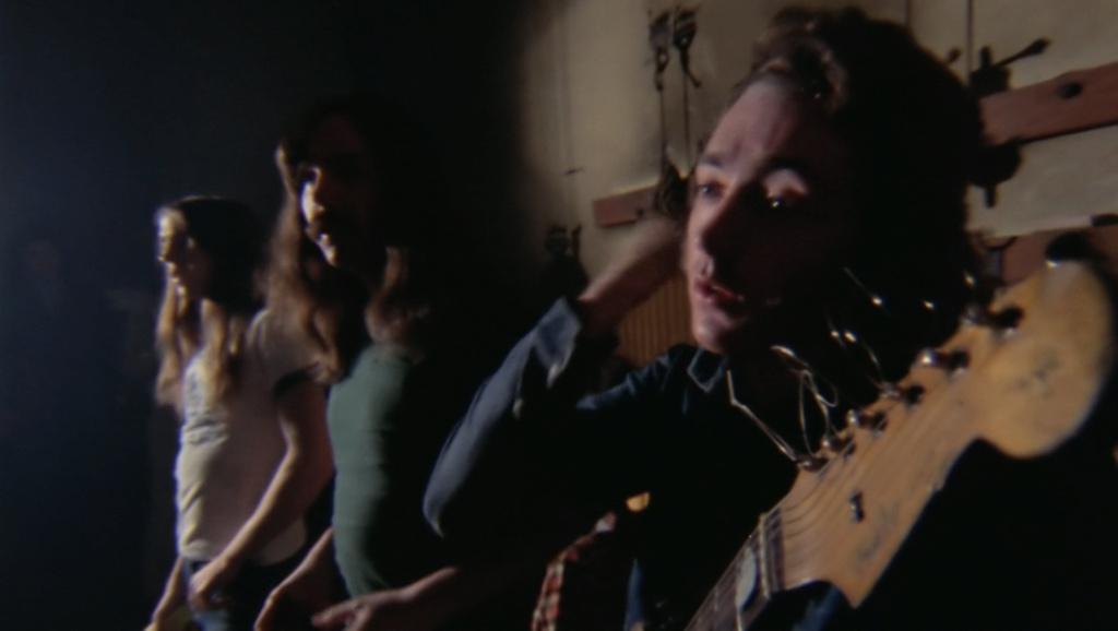 Rory Gallagher Band Mk 2 (1972-1978) - le quartette - Page 6 Captu172