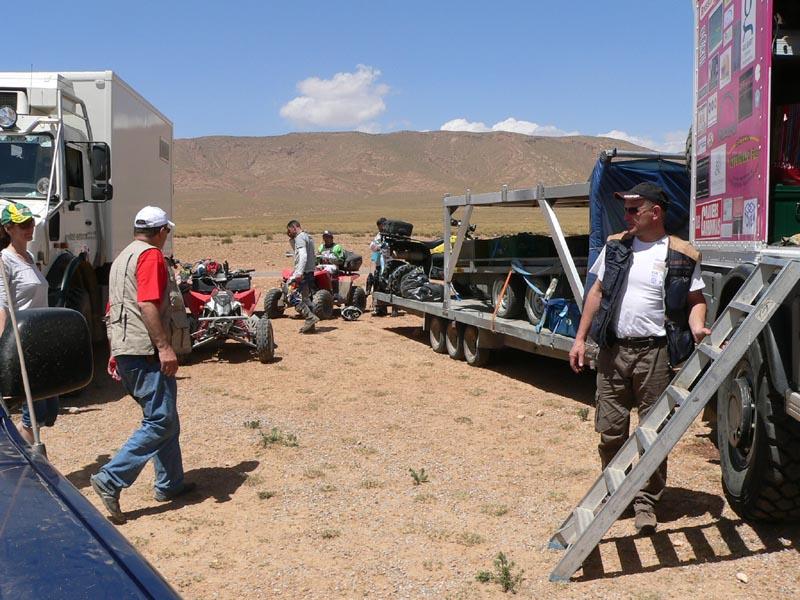 voici notre raid d'avril 2011 : pour quad .... P1220513