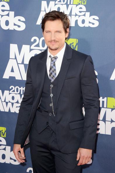 MTV Movie Awards 2011 - Página 2 1910