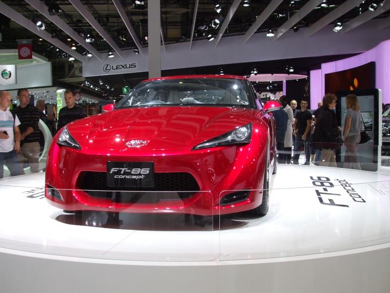 Salon de l'auto 2010 ( mondial de l'auto 2010 ) Dscf2121