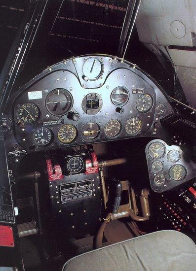 Création d'éléments pour le Grumman F6F hellcat Manche10