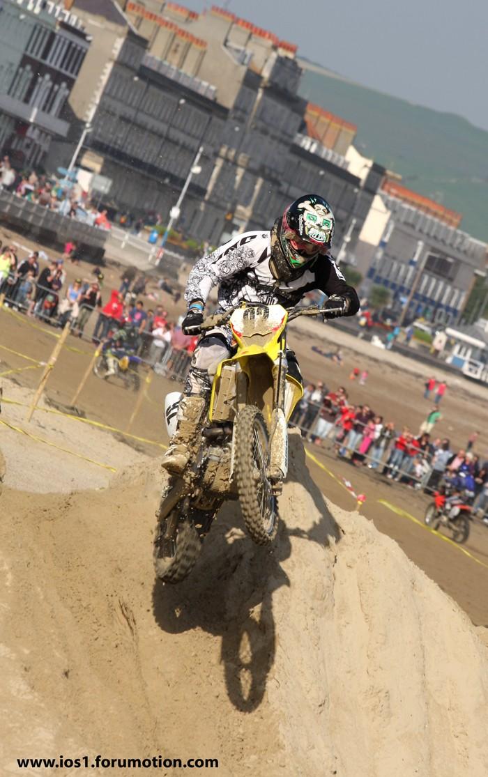 WEYMOUTH BEACH RACE 2010 - Page 6 Weymu217