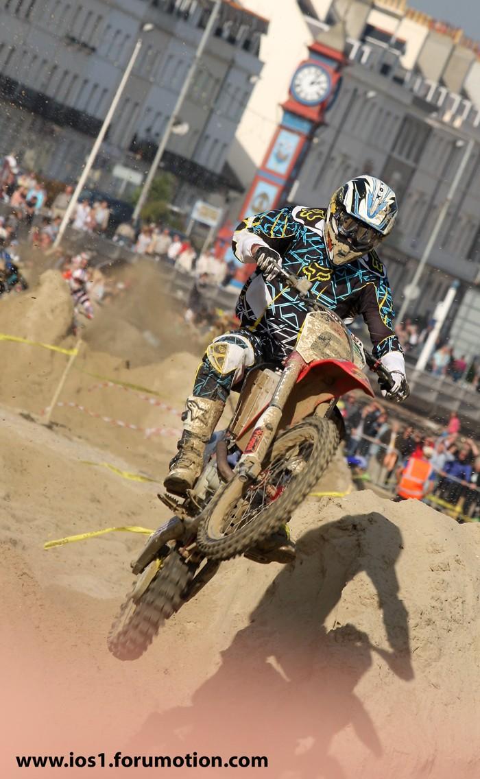 WEYMOUTH BEACH RACE 2010 - Page 6 Weymu219