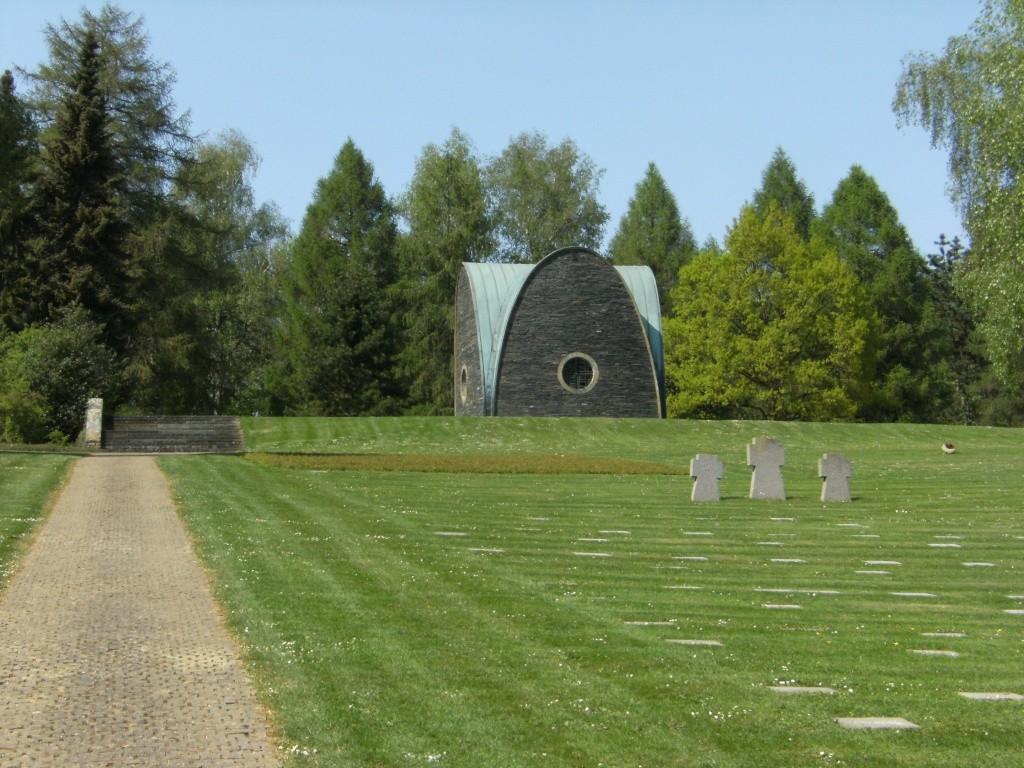 Le cimetière militaire allemand de Noyers-Pont-Maugis Sedan_18