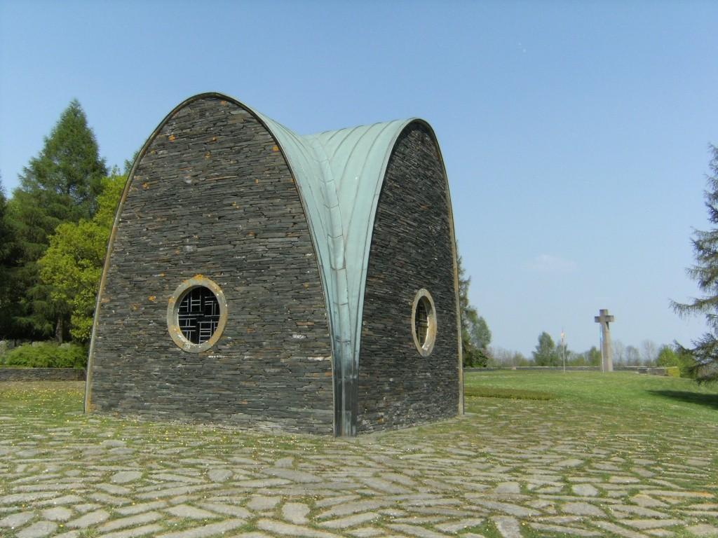 Le cimetière militaire allemand de Noyers-Pont-Maugis Sedan_20