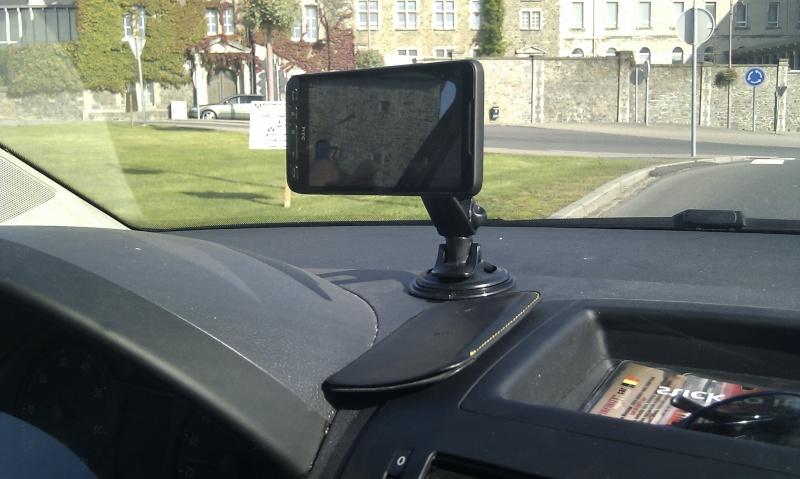 [MOBILEFUN.FR] Test du support voiture universel : Le Clingo sur Génération mobiles Ok11