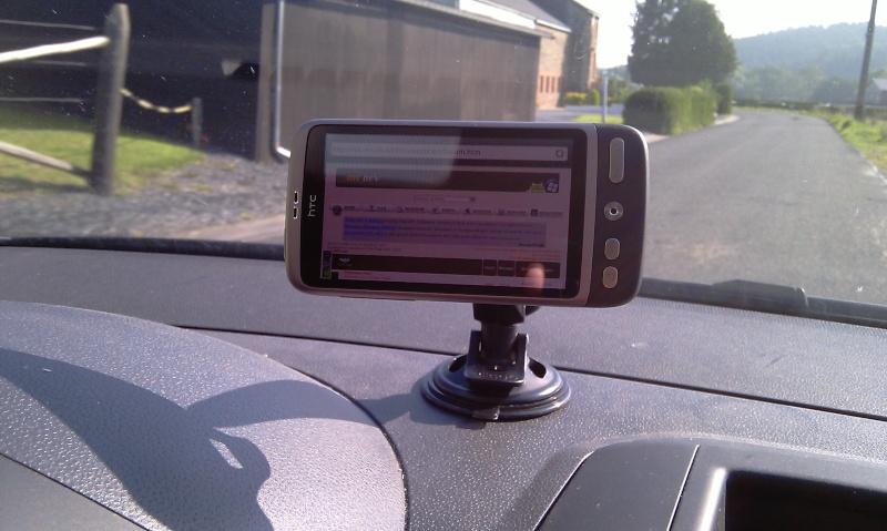 [MOBILEFUN.FR] Test du support voiture universel : Le Clingo sur Génération mobiles Ok12
