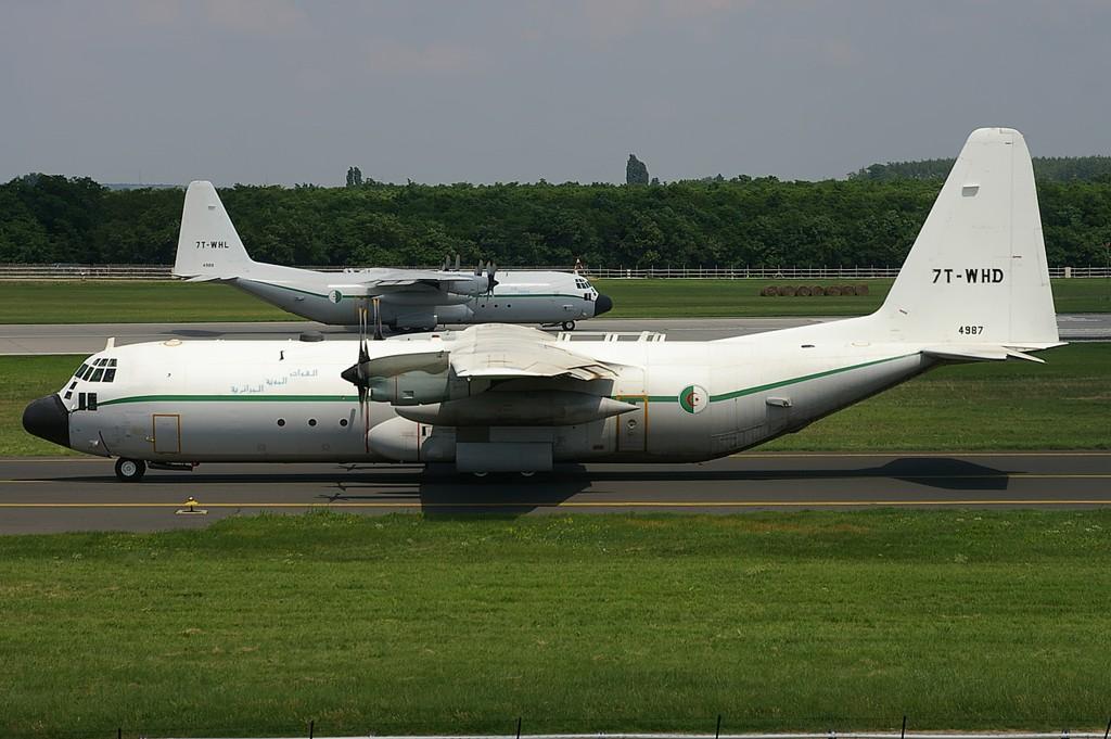 AAF - Transport / Refueling C130h-11