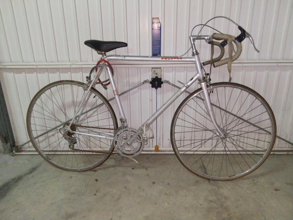 identification Peugeot gris 1982 sortie de grange état neuf Img_2024