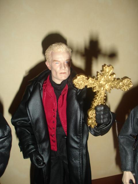 Mes poupée Buffy The Vampire Slayer Dsc09721