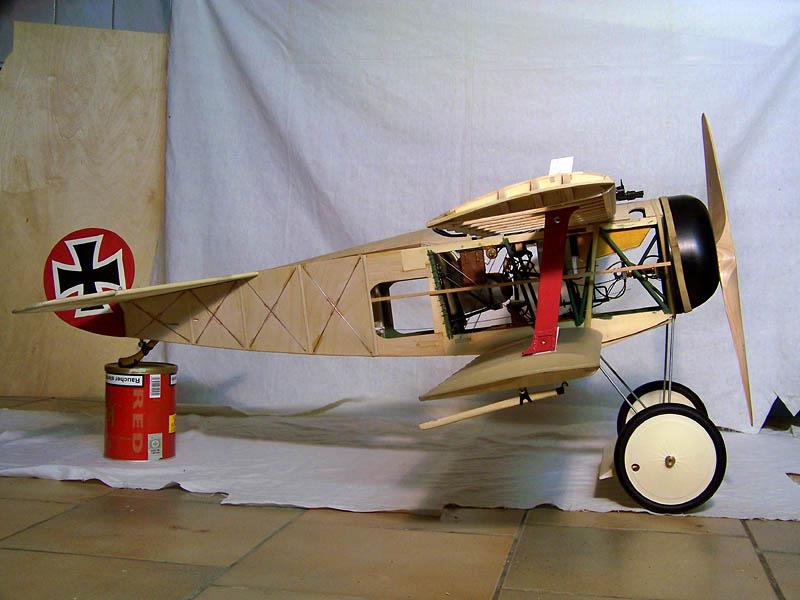 Fokker DR.I  -  DeAgostini-Umbau, M 1:6 Rumpf_17