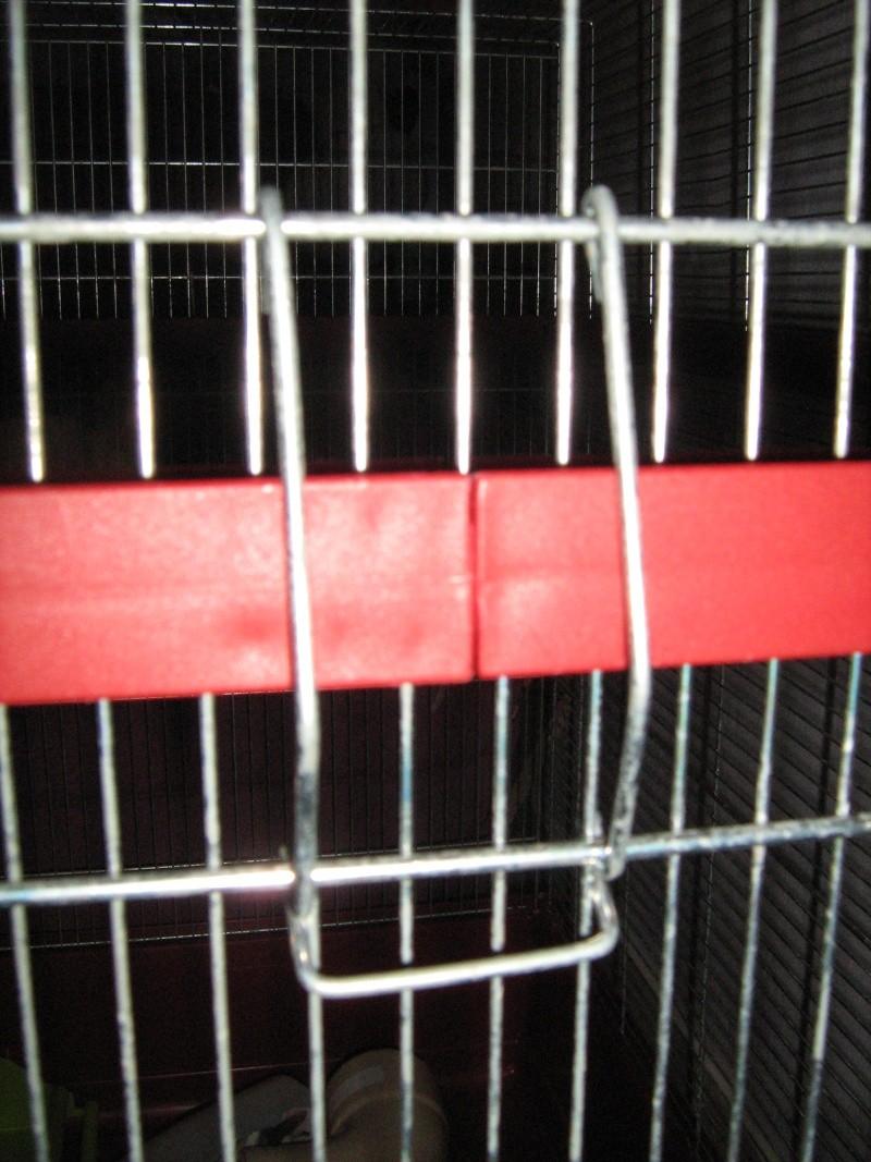 Vend cage Imac vieux modèle Img_0020