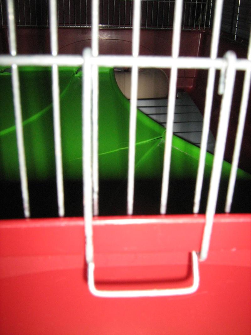 Vend cage Imac vieux modèle Img_0021