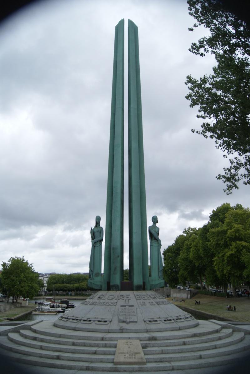 Monument des 50 otages, Nantes (44) Dsc06310