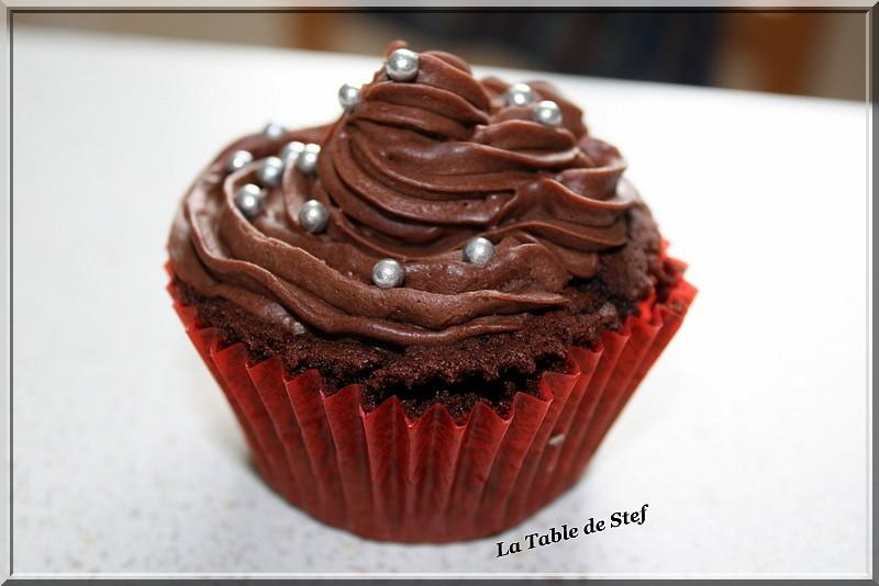 Cupcakes : recettes et décors simples - Page 4 Img_3311