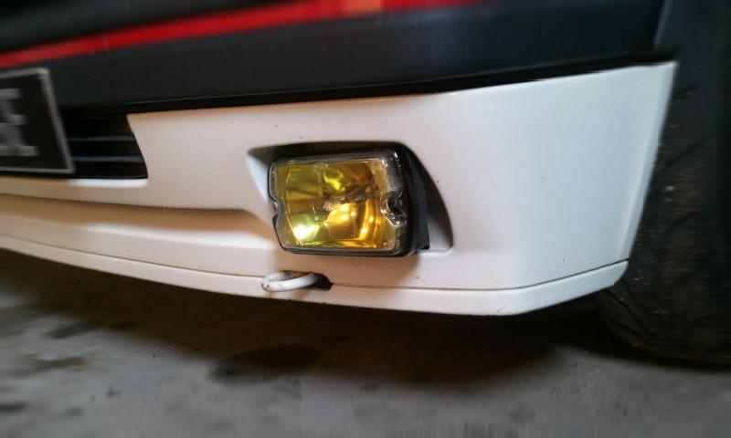 [manu47] 205 GTI 1.6L blanc meige 1987 Wamo0010