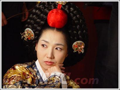 Regina Munjeong (1502-1565) 43_s0910