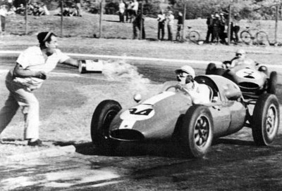 Les insolites du sport automobile. - Page 3 Insol125