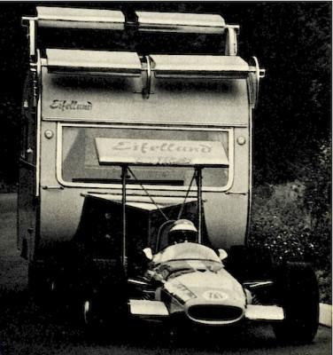Les insolites du sport automobile. - Page 3 Insol136