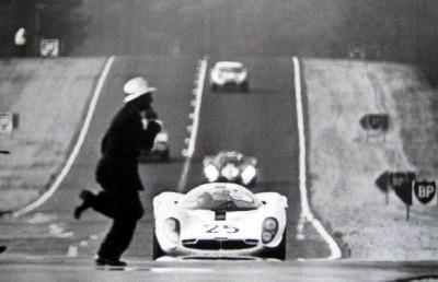 Les insolites du sport automobile. - Page 4 Insol163