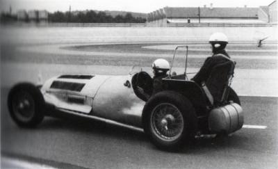 Les insolites du sport automobile. - Page 6 Insol230