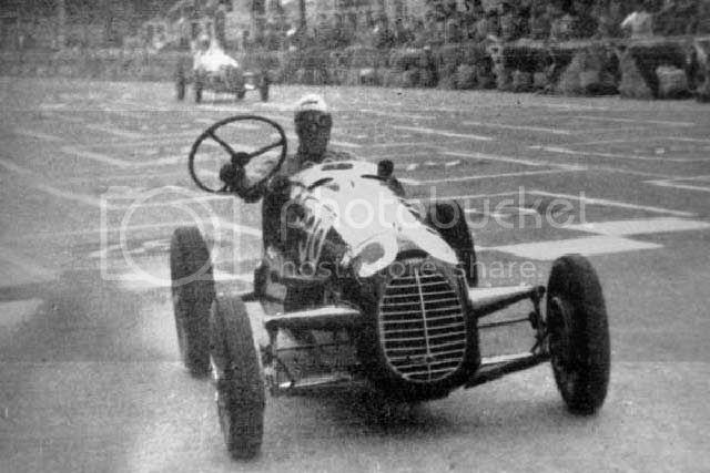 Les insolites du sport automobile. - Page 7 Insol261