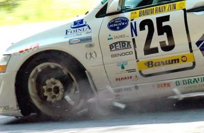 Les insolites du sport automobile. - Page 7 Insol265