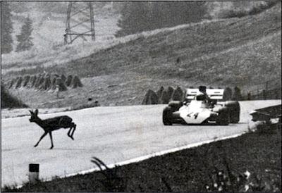 Les insolites du sport automobile. - Page 12 Insol339