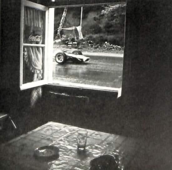 Les insolites du sport automobile. - Page 19 Insol386