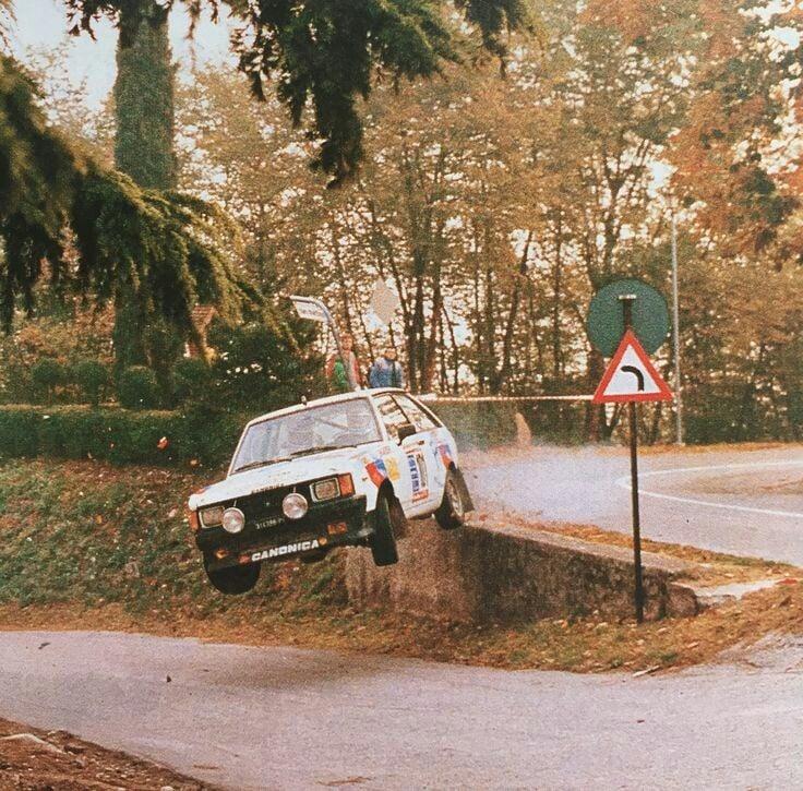 Les insolites du sport automobile. - Page 20 Insol390