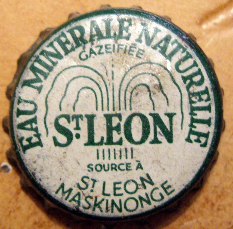 une caisse de bois  st leon  Img_8112