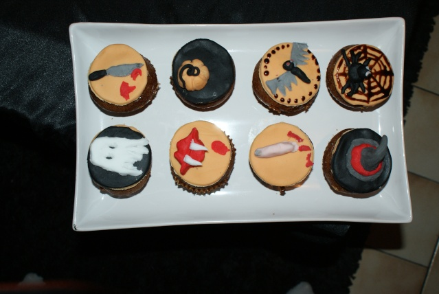 muffins et cupcakes d'halloween - Page 5 Dsc02411